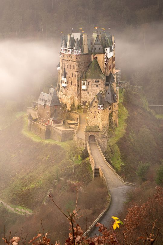 The beautiful castle of Elz in Germany