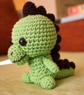 Tutorial Amigurumi Dinosaurio : 1000+ images about Cute dragon on Pinterest Purple, Baby ...