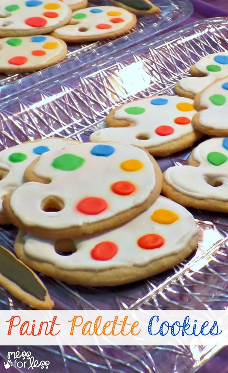 Paint Palette Cookies for an Art Party - Food Fun Friday: These cookies look difficult to make, but here are some tips to make simplify the process.
