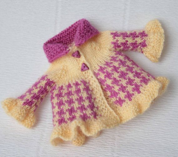 Rose Blythe jacket Yellow jacquard doll clothes Blythe knit outfit Doll cute jacket Hand knitted blythe clothes Blythe doll knitting gift