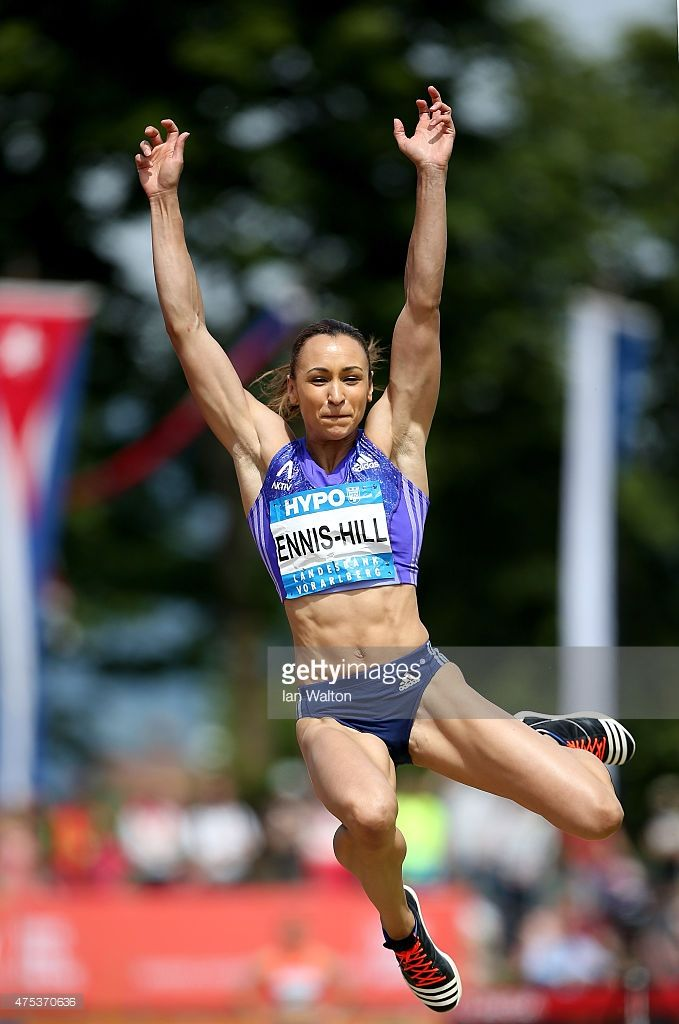jessica-ennis-hill-of-great-britain-competes-in-the-long-jump-during-picture-id475370636 (679×1024)