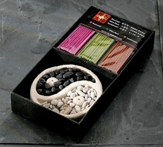 £7.00 This Fair Trade gift box contains mini  incense sticks of the highest quality, in 3 distinct fragrances, together with a Yin Yang design burner which holds two sticks.  The fragrances are Rosewood, White Musk and Sandalwood.   Take a closer look... http://www.thefairtradestore.co.uk/fair-trade-homeware/fair-trade-incense/incense-gift-box-with-ceramic-yin-yang-burner/prod_169.html  #Fairtrade #ethical #gifts #home #Handmade: Trade Gifts Boxes, Gift Boxes, Incense Gifts, Gifts Ideas, Fair Trade Gifts, Gifts Sets, Ethic Gifts