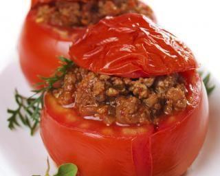 Tomates farcies à la viande hachée : http://www.fourchette-et-bikini.fr/recettes/recettes-minceur/tomates-farcies-la-viande-hache.html