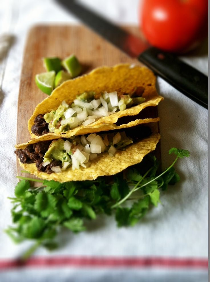 Black Bean and Guacamole Tacos | Clean Eats | Pinterest