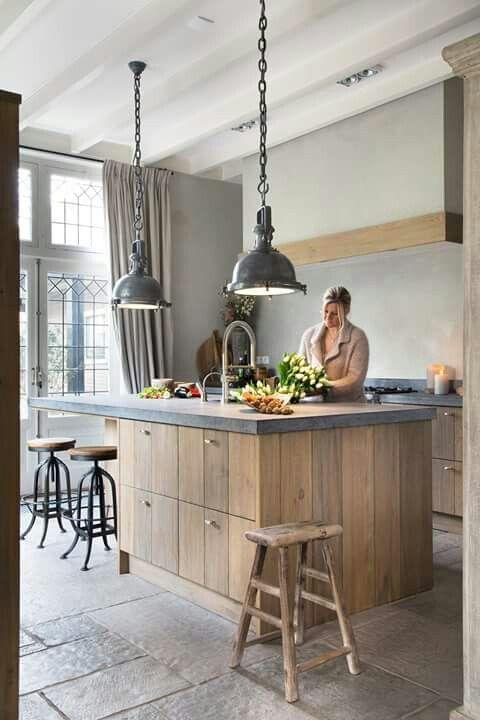 Keuken vloer praktisch onderhoud