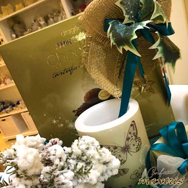#confetti #maxtris #natale #cioccolato #chocolates #vassoio #bomboniera #tartufini #farfalla #tazza #butterfly