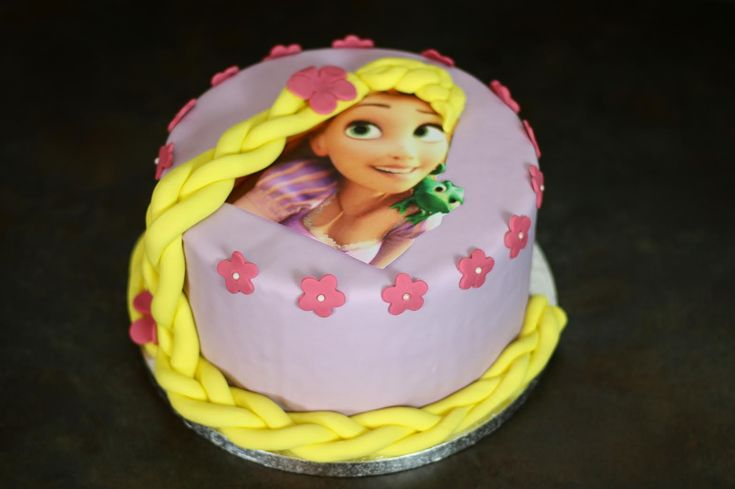 gâteau princesse raiponce disney