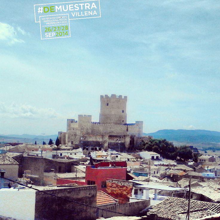 El Castillo de La Atalaya. Invitado de piedra, nunca mejor dicho, a Muestra Villena 2014.  #DeMuestraVillena #Villena  www.muestravillena.villena.es  www.facebook.com/Muestravillena  @muestravillena