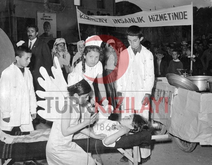 1970-1975 Kızılay Kan Törenleri