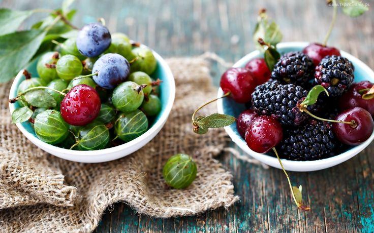 Owoce, Agrest, Jeżyny, Wiśnia, Śliwka