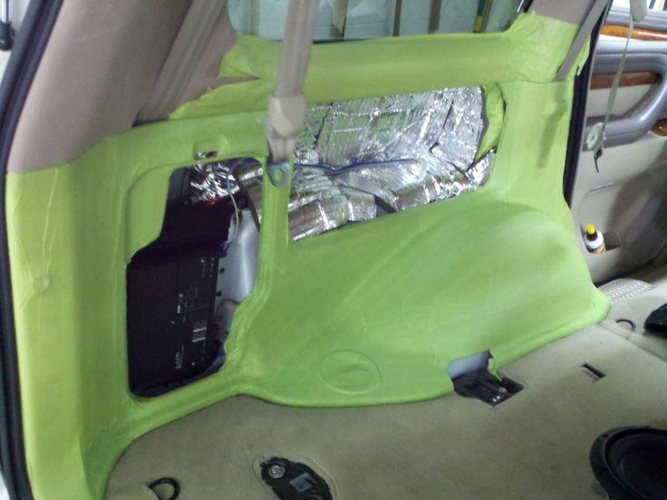 Lexus LX470 custom subwoofer system
