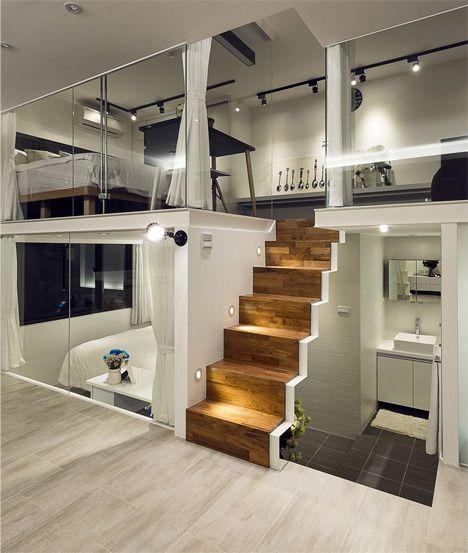 오늘은 작지만 세련된 복층 아파트 인테리어를 소개해 드려요 Lee's Design(文儀設計) 스튜디오가 리모델링한 대만에 있는 16평의 복층 아파트에요 작지만 층을 나눠 2베드룸 공간을 만들었고 개인적인 공간과 그렇지 않은 공간이 잘 구분되어 있지만 투명 글래스로 꾸며져 답답함이 느껴지지 않아요 플랫쉐어를 하시는 분들이 참고하시면 좋을 거 같네요 :) ▶ FabD(팹디) 채널 ◀ PHOTO : Future Studio via Lee's Design(文儀..