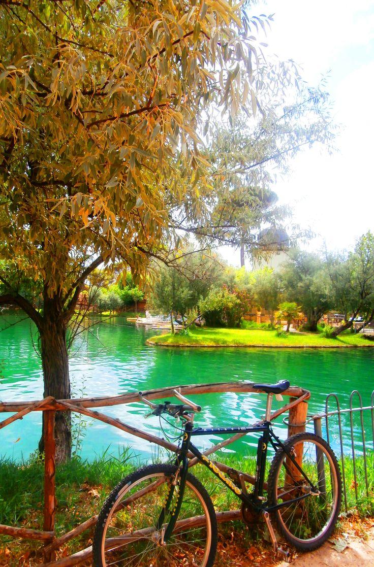 Lago termal Alhama de Aragón | ✈ Stunning TRAVEL DESTINATIONS to Dream Of | Pinterest | Places, Travel and Travel Destinations
