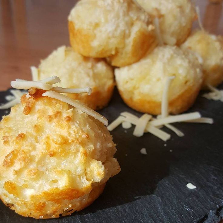 Cheesy Puffs