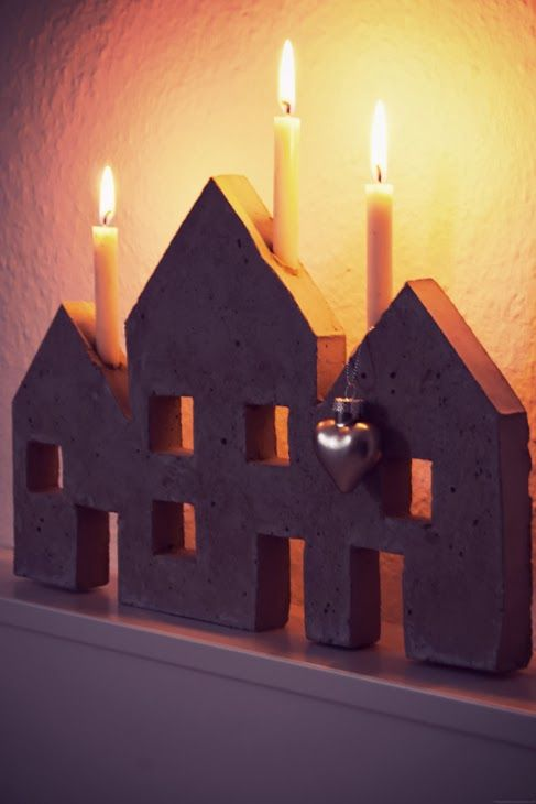 candleholder houses made of concrete (rotkehlchens.blogspot.de)