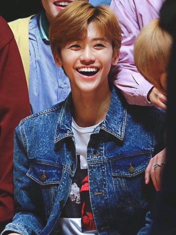  180331  NCT fan sign event Jaemin ❤️❤️ his smile is brighter than the sun ❤️