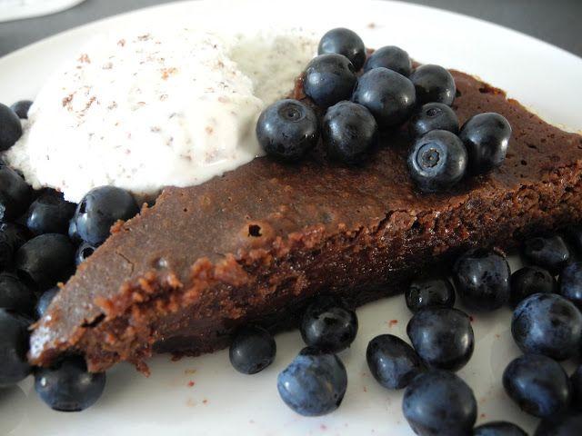 Drömkaka: Kladdkaka med smält mörk choklad