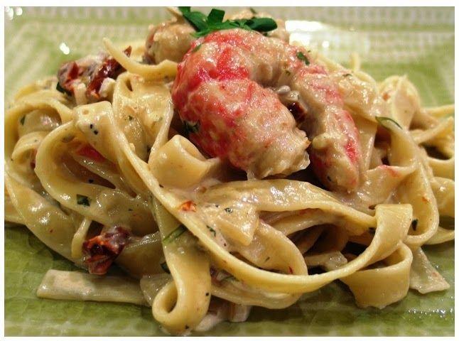 Χριστίνας....Μαγειρέματα!: Ταλιατέλες με γαρίδες, κόκκινη πιπεριά και κρέμα γ...