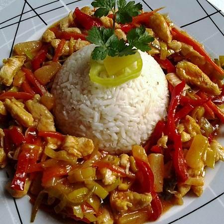 Egy finom Kínai édes-savanyú-csípős csirkemell ebédre vagy vacsorára? Kínai édes-savanyú-csípős csirkemell Receptek a Mindmegette.hu Recept gyűjteményében!