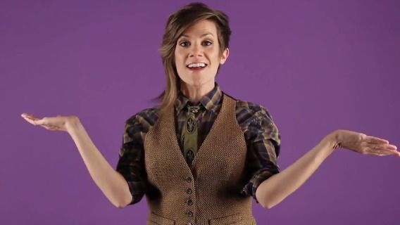 """Comedian Cameron Esposito's """"Ask a Lesbian"""" Video is On Point and Hilarious"""