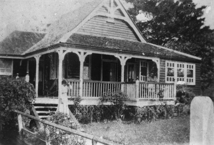 Exterior view of Ashley, an Indooroopilly residence (#101616)