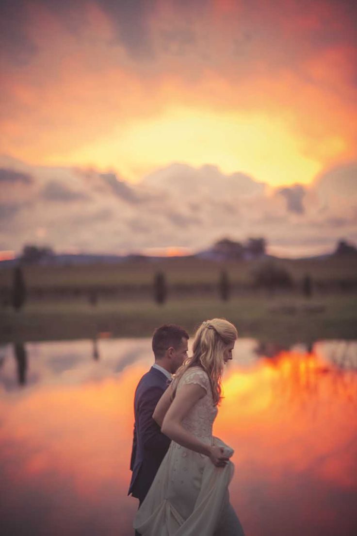 www.ishotthebride.com.au by Tanya Lake. This sunset made me want to move to the country. Mudgee wedding, country NSW Australia