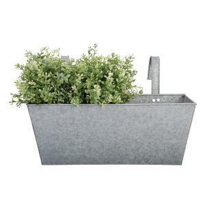 21 best Plantenbakken, bloembakken, terraspotten images on Pinterest   Herb garden planter ...