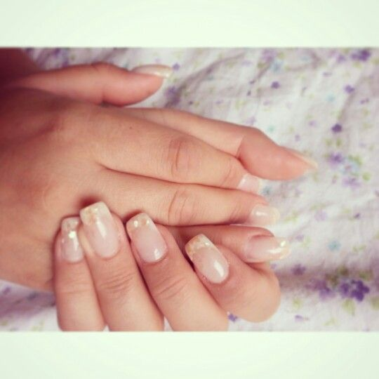 #picoftheday#nails#nailart#nailspassion #bridalmanicure #wedding #weddingnails#bridalnails#french