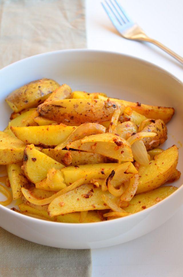 Deze Indiase gekruide Bombay aardappelen is een lekker bijgerecht en heel makkelijk om te maken.