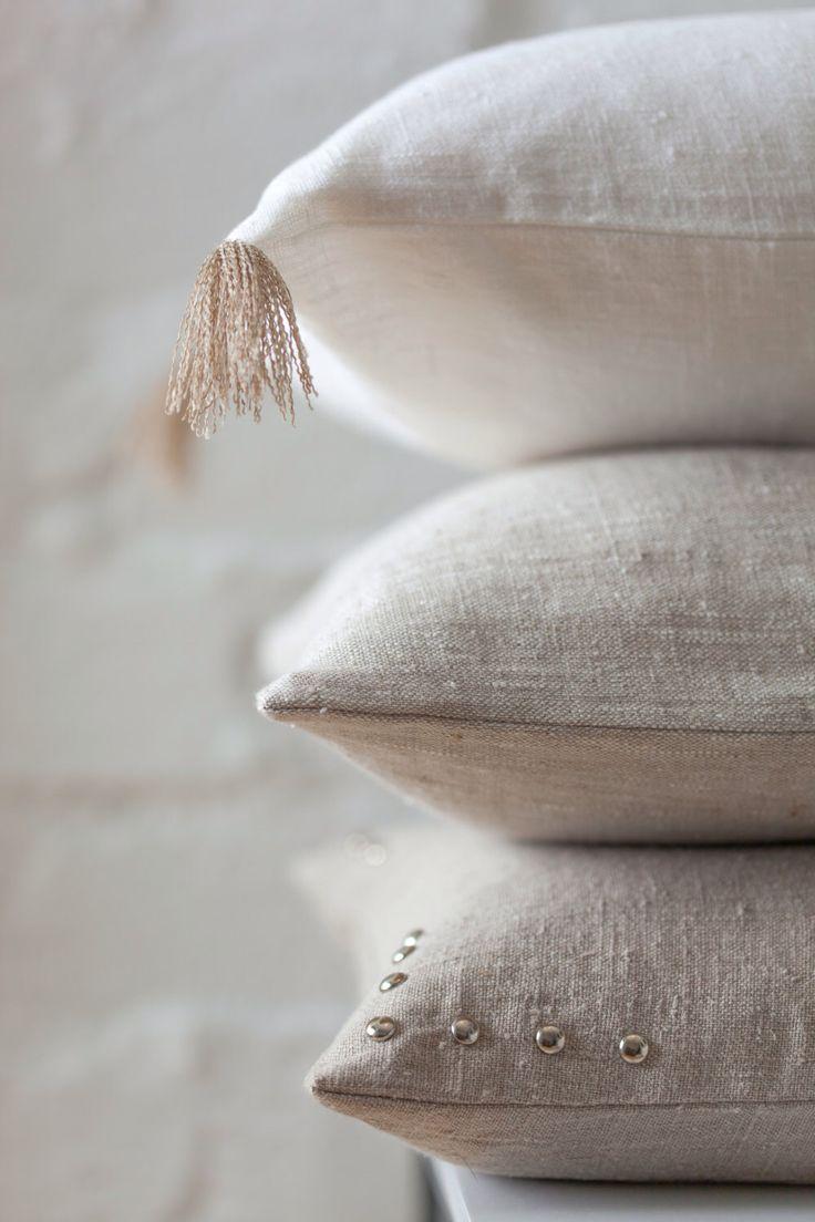 White, light natural & natural linen pillow set / decorative linen pillows / natural color pillow set / natural linen cushion set /linen set by LUMODECO on Etsy https://www.etsy.com/listing/504157999/white-light-natural-natural-linen-pillow