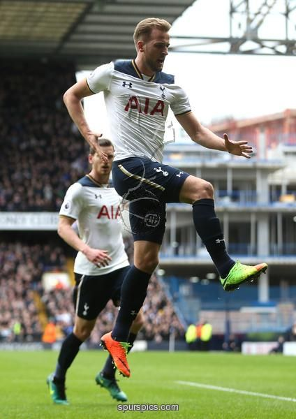 LONDON, ENGLAND - FEBRUARY 26: Harry Kane of Tottenham Hotspur celebrates scoring his teams second goal during the Premier League match between Tottenham Hotspur and Stoke City at White Hart Lane on February 26, 2017 in London, England