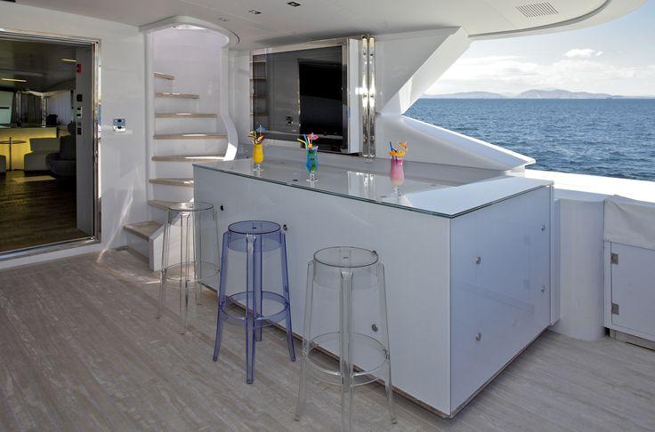 MY Barents Sea Yacht in Greece - The bar