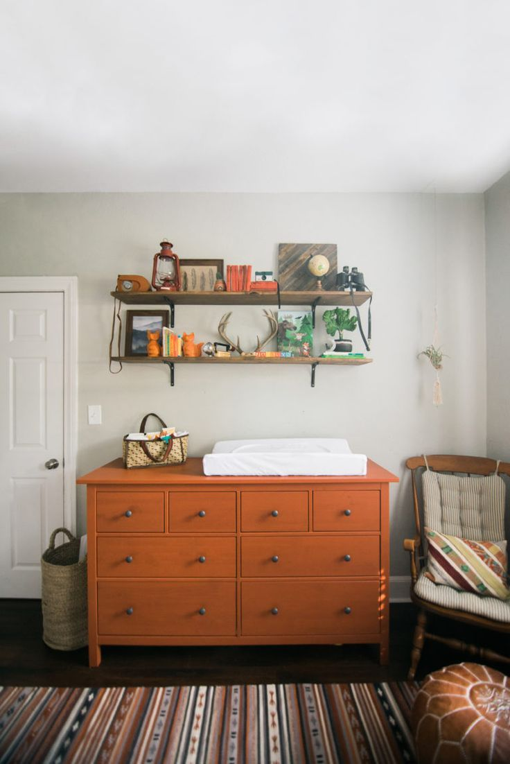 Best 25+ Nursery changing tables ideas on Pinterest | Baby ...