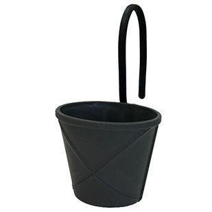 Plastkurv Mano 01 fra Hachiman - Lækker kurv i blød plast med bøjelige håndtag.  Brug den til opbevaring af fx grydeskeer, legetøj, nøgler og andre småting  Obs ! De hvide er med hvide håndtag.