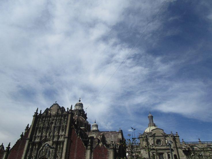 Catedral Metropolitana de la Asunción de María en Cuauhtémoc en el Zócalo, Distrito Federal, México.