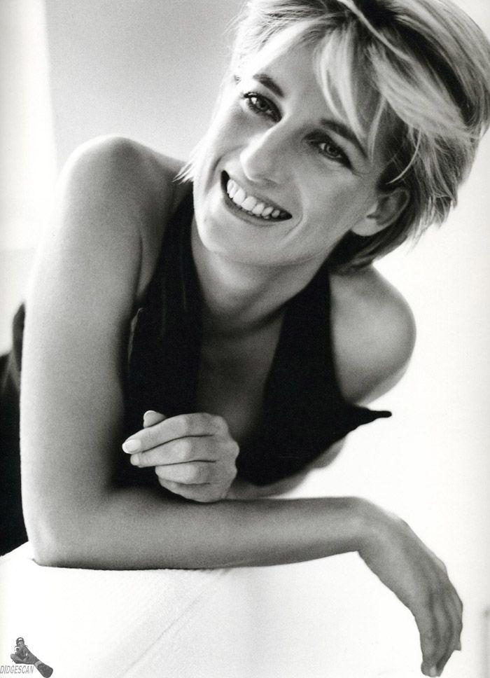 Принцесса Диана (Princess Diana) в фотосессии Марио Тестино (Mario Testino) в Кенгсингтонском дворце, фото 39