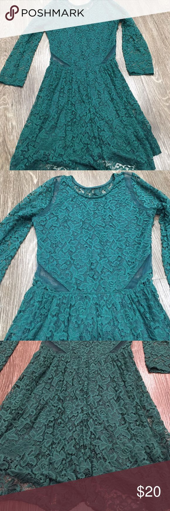 Abercrombie and Fitch lace green dress sz m New with out tags Abercrombie and Fitch sz m green lace dress no flaws Abercrombie & Fitch Dresses Mini