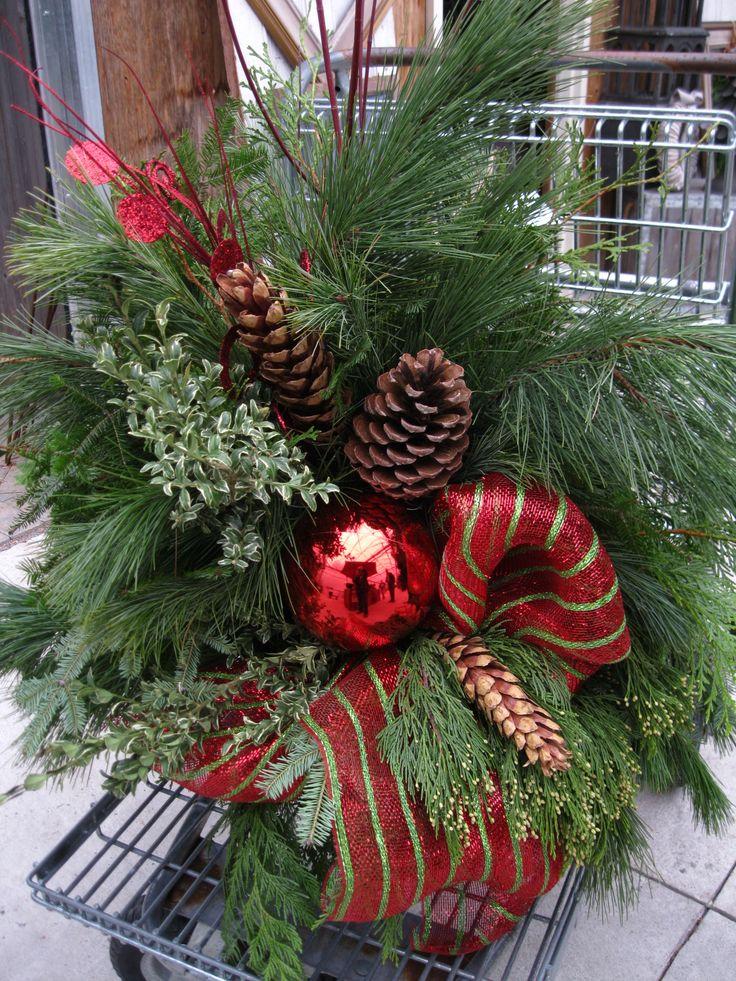christmas container mehrj hrige pflanzen pinterest. Black Bedroom Furniture Sets. Home Design Ideas