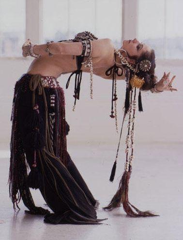 Beneficios de la Danza del Vientre (Rachida Aharrat)