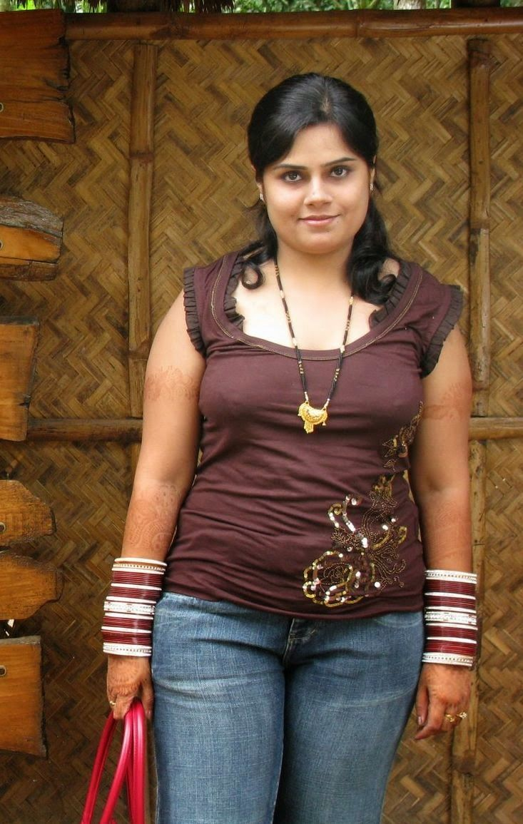 402 Best Indian Hot Aunty Images On Pinterest  Indian -1383