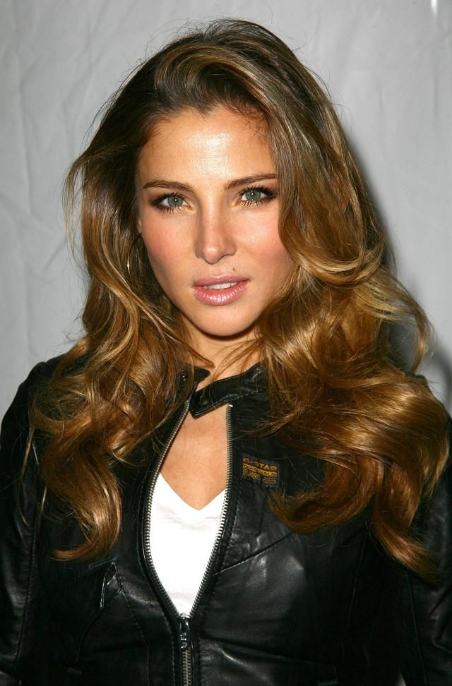 Elsa Pataky — Spanish model, actress, and film producer looks more feminine in long hair.