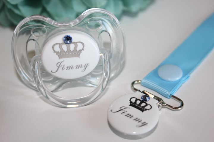 https://www.preciousgiftcompany.co.uk/product/personalised-crown-swarovski-avent-dummy-clip-2/