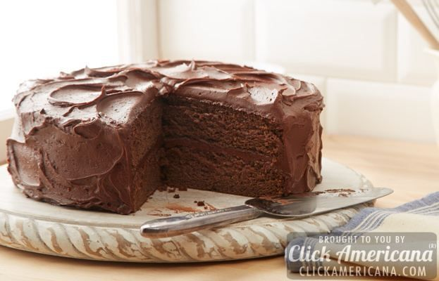 3 vintage & classic chocolate cake recipes from Hershey's