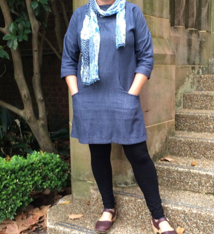 Virginia leggings by justmejaysews // Day 8. Lisette Potfolio tunic in RK chambray and Megan Nielsen Virginia leggings. #mmmay16 #memademay #sewlisette #portfoliotunic #megannielsenpatterns #virginialeggings