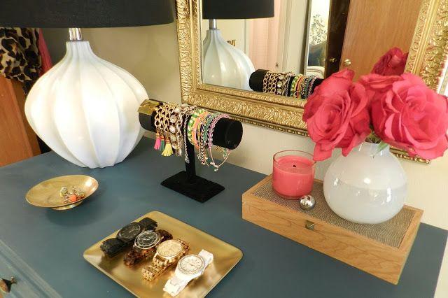 CohesiveRandomness: Master Bedroom Update: Gallery Wall Changes: Dresser Styling