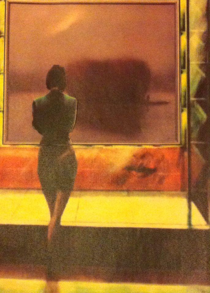 """Игра образов картин сербских художников. """"Одинокая девушка"""" Радована Йокича рассматривает картину """"Одиночество"""" Здравко Мандича"""