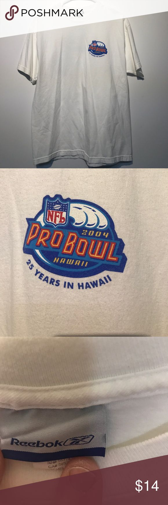 Preown 2004 25th anniversary NFL Pro Bowl t-shirt Preowned 2004 25th anniversary NFL Pro Bowl t-shirt.  Size large in excellent condition. Made in Mexico of USA fabric. 100% cotton preshrunk. Smoke-free home. Submit all offers. A1 Reebok Shirts Tees - Short Sleeve
