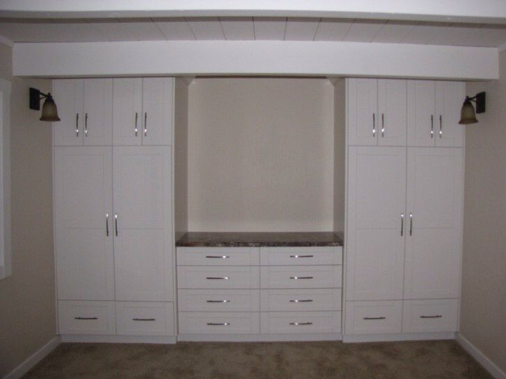 12 best build in cabinet wardrobe images on pinterest for Built in bedroom storage ideas