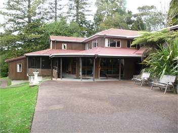 Otimai lodge, waitakere