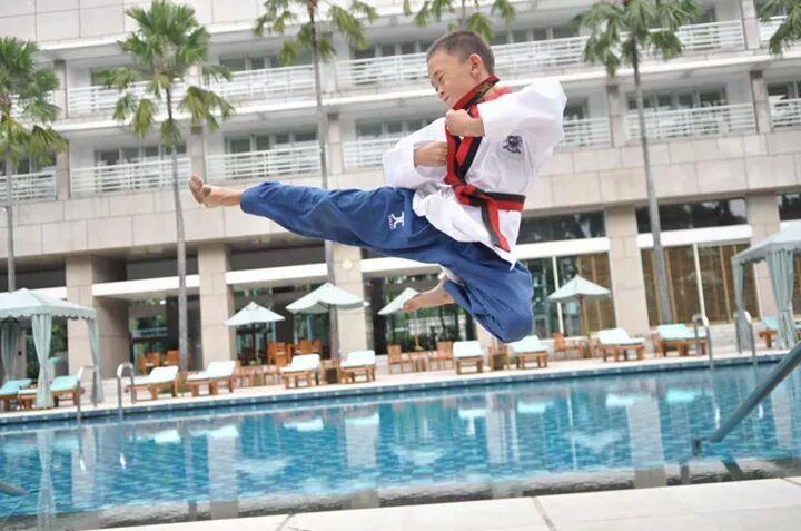 Pentingkah Memperkenalkan Anak Pada seni Bela Diri? ~ DEMOS Martial ARTS School
